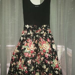 579 Dress Floral Skirt and Black Top S